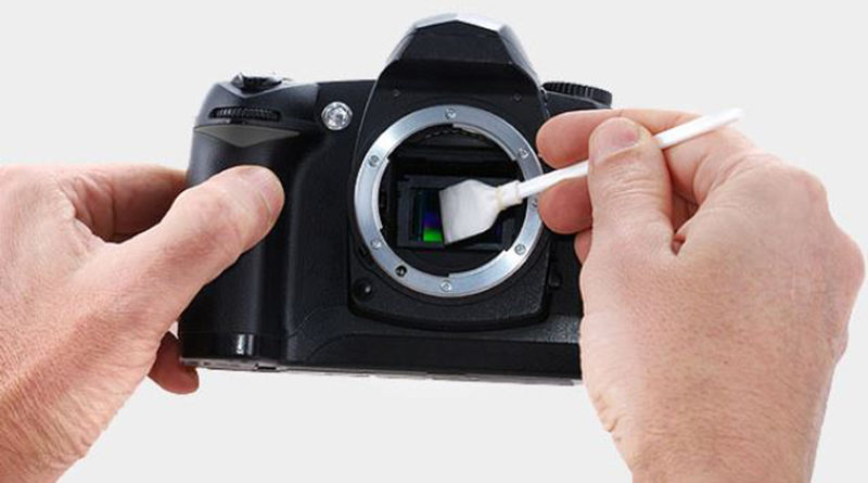How to clean DSLR Cameras Sensor